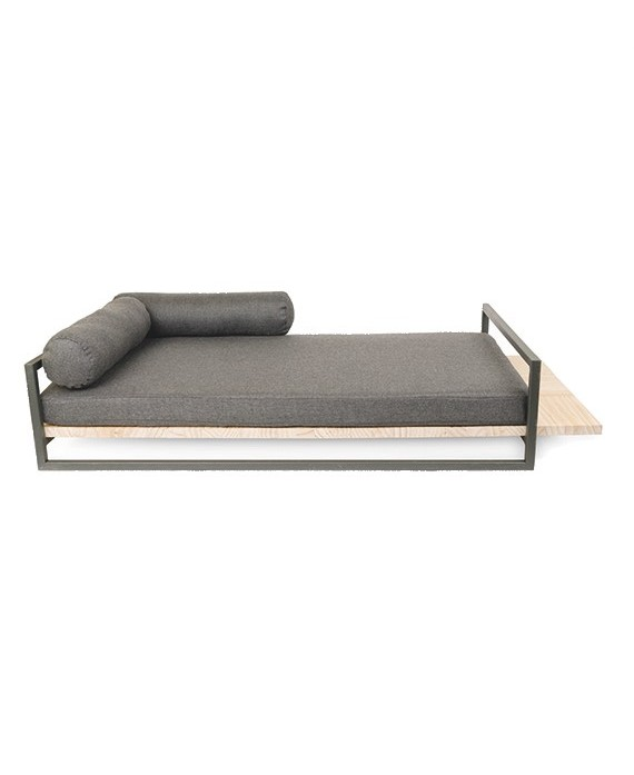 Metalwood bed